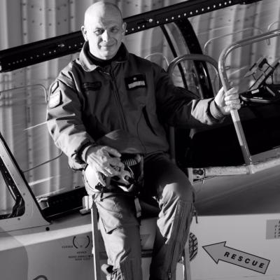 Pilot Tomasz Drewniak